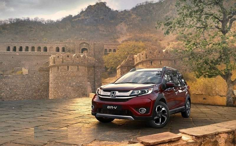 Honda BR-V Price in India, Specifications, Mileage, Review, Photos, Colors