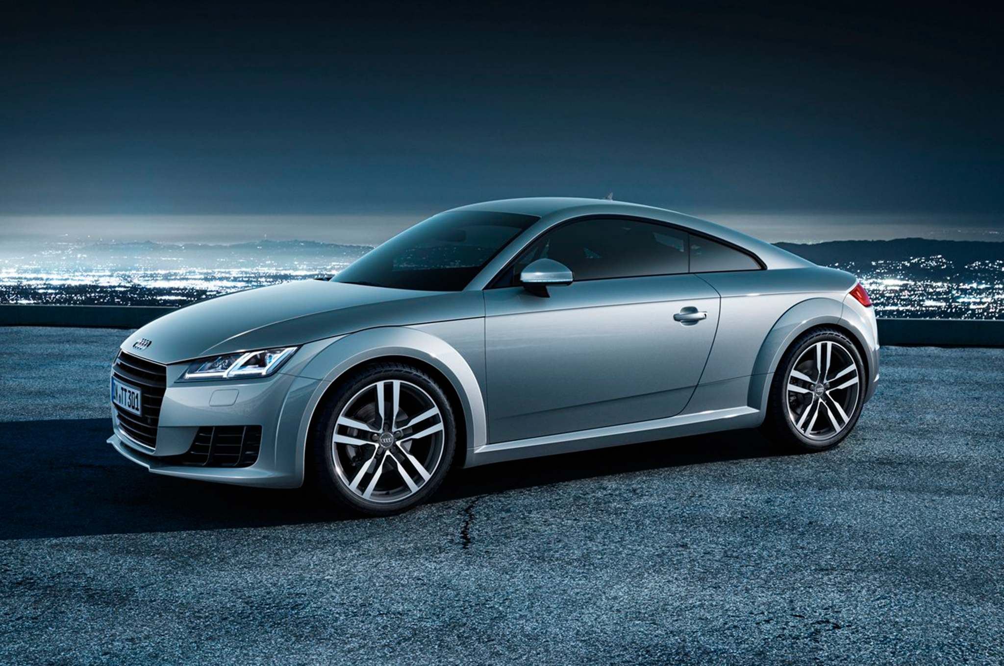 Audi TT Specifications, Price, Mileage, Pics, Review