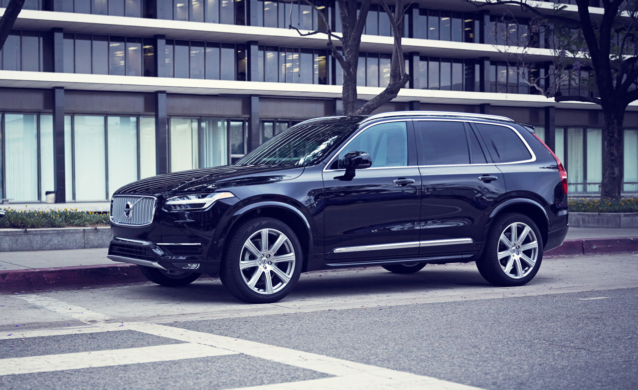 Volvo XC90 Specifications, Price, Mileage, Pics, Review